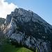 Schiberg und Bockmattlihütte. Der Einstieg zur Brennaroute ist mehr oder weniger direkt hinter der Hütte.