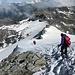 Aufbruch zum Abstieg in der windumtosten Nordnordwestflanke