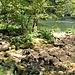 Die Ruine der Moulin de la Mort. Ein paar Mühlsteine liegen noch da und...