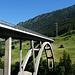 elegantes Brückenbauwerk