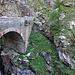 alte Brücke in der Gondoschlucht