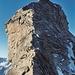 Prächtige Kletterei an der Bosse: oben winkt schon das Gipfelkreuz