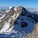 Blick vom Fletschhorn auf die weitere Route. Schon gut das Fletschjoch und der NNO Grat zum Lagginhorn.