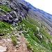 Il sentierino del bestiame che ci porterà giù fino al sentiero ufficiale che transita tra Alpe Giumello e Alpe Piotta