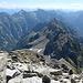 Blick auf den Aufstiegsgrat und links das Val Vegorness