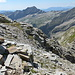 unten im Bild ist ein Steinmann, hier trennen sich der Abstieg nach Sonogno (links) und der Abstieg zum VAVM bzw. zur Btta di Larecc rechts