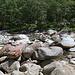 Rast kurz vor Sonogno am Fluss - und weit ruhiger als das Dorf selbst