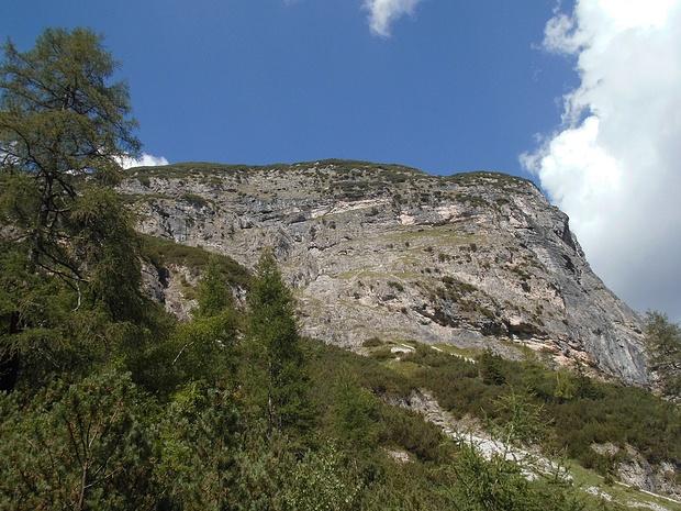 Blick beim Aufstieg zur Flanke unter der Zeisspitze