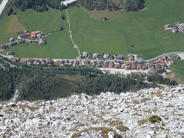 Tiefblick nach Gschnitz