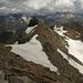 Immer mehr dunkele Wolken, Grat Richtung Lattenhorn