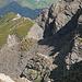 Rückblick von der Beverin-Lücke aus über den Piz Beverin Westflanken- Wanderweg