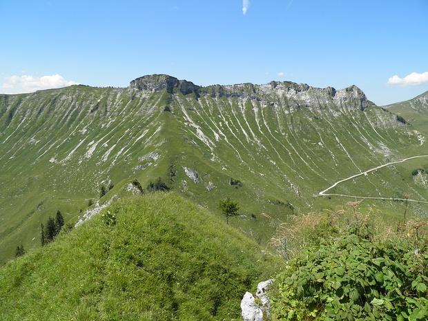 Blick vom Gipfel der Hochplatte nach Westen