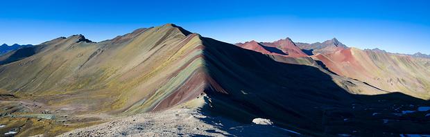 Rainbow Mountain um 8 Uhr morgens - noch sind die Tagestouristen nicht da!