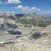 Sattel erreicht (2985m). Sicht af das bis hier versteckt gebliebene Tal.