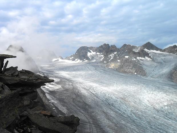 Grandiosa vista sul ghiaccio del Fernau.