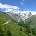 Hinuntergondeln nach Sant'Anna und nochmals zurückblicken: rechts der Liskamm, links über der Hütte der Castor
