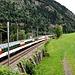 Das ist der Gotthard-Panoramico, der in Göschenen um 14.44 zuschlagspflichtig abfährt und noch in Airolo hält!