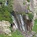 Der Murgbachfall mit 57 m Fallhöhe befindet sich mitten im Arvenreservat.