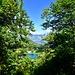 Ein seltener Blick mit optischer Täuschung. Im Vordergrud der Obersee, im Hintergrund der Walensee. Es scheint der Walensee liege höher als der Obersee.