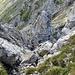 Rückblick, hier auch Kletterzustieg II möglich. Ringhaken zur Seilabsicherug vorhanden. ( Steilwandumgehung )