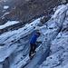 Erstaunlich tiefe Spalten für einen so kleinen Gletscher