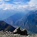 Mont Blanc; auf der Terrasse Bildmitte: Les Diés, Talsohle: Verneyaz, Brücke über Pissevache