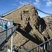 Über Treppen und Brücken zum Peak Walk, der 107m langen Hängebrücke