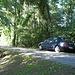 Oppure è possibile ed è consentito il parcheggio in questo piccolo slargo della via San Maurizio che si collega con via Osteno.<br />Qui al massimo è possibile parcheggiare 2 auto.