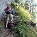 Hier finden sich auch die ersten Sicherungen. Ein Klettersteigset wird aber eher nicht gebraucht.