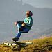 Der Sitzende aus Mammutbaum geschnitzter Mann geniesst auch heute die Aussicht ;-)