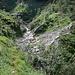 Bachlauf auf ca. 1170 m - hier ist der Weg teilweise zerstört und nur improvisiert neu angelegt