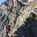 [U 3614adrian] Kurze ausgesetzte Passage nach dem Direktaufstieg über den Grat von der Furggle (Foto: Mats)