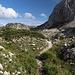 Unterwegs zwischen Cima di Vall'Organo und Sella di Leonessa - Hier auf schmalem Pfad durch herrliche Landschaft.