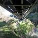 Eisenbahnbrücke über den Vorderrhein bei Tavanasa