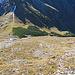 Tiefblick vom Wanderweg aus zum Amatschonjoch