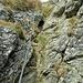 Ab dem Tapenkopf wirds anspruchsvoller, kleiner Klettersteig (Cat.A) hinab auf Bügeln.