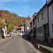 Die Bachgasse in Bensheim-Auerbach führt zum Fürstenlager und weiter zum Bensheimer Ortsteil Hochstädten