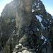 Spassige Kletterei am Nordgrat des Hoch Sewen. Möglichkeiten zum Sichern würden bestehen, aber für geübte Berggänger seilfrei machbar (T5, ll).