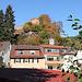 Ortsteil Hardenburg, oben die Ruine