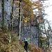 Steiler Abstieg hinunter zum Bruch