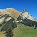Heute ist ein Traumtag in den Bergen, Bergrestaurant Gamplüt mit dem Schafberg im Hintergrund