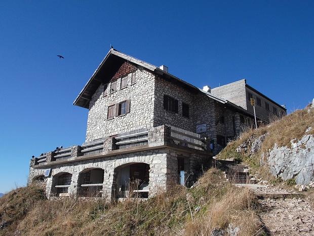 Ich bin an der Bad Kissinger Hütte angekommen