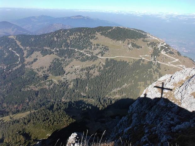 Blick vom Gipfel des Aggensteins zum Breitenberg, zu dem ich hinübergehen werde.