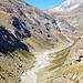 Vom Läntagletscher geformtes Läntatal mit dem verzweigten Valserrhein