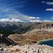 Blick vom Pas de la Couleta, Lac Premier mit Refuge de Chambeyron
