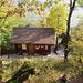 Die Hütte beim Gipfel der Holzflue.