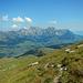 Mit feinstem Ausblick in den Alpstein geht's wieder bergab.