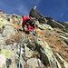 wir wählen nun kombiniertes Gelände: steile Fels- und Grasrippen