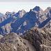 Von rechts nach links: Bretterspitze mit ihrem tollen Westgrat - Urbeleskarspitze - Gliegerkarspitze - Wasserfallkarspitze - Klimmspitze und Schwellenspitze.