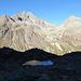 Dieser Bergsee bei Punkt 2372m haben wir nur in Schatten gesehen.